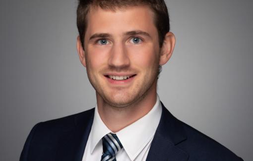 Stanislas Dumont de Chassart, bachelier en Electromécanique, bientôt consultant chez Ernst & Young à Montréal !