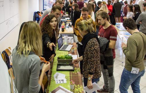 Uitwisselingsactiviteit: B2B handelsbeurs met Nederlandstalige studenten