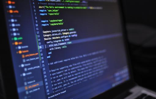Pouvons-nous manquer le TGV de la formation à l'informatique dans lequel sont montés nos voisins d'Europe ?