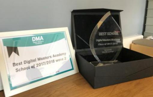Notre Haute Ecole EPHEC élue meilleure école du Digital Masters Academy
