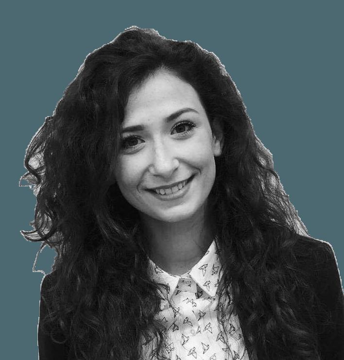 Claudia Pinheiro - diplômée en Commerce extérieur 2016